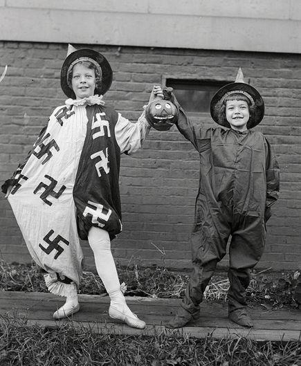 Halloween swastika 1918
