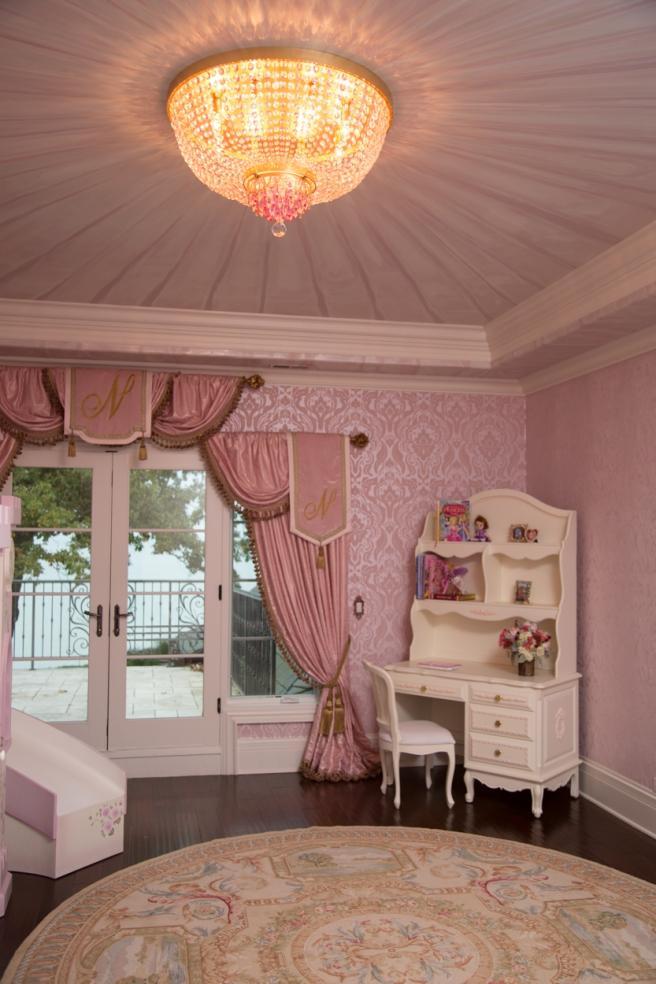 little_girls_room-1-2