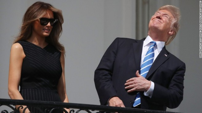 170821151707-donald-trump-eclipse-exlarge-169
